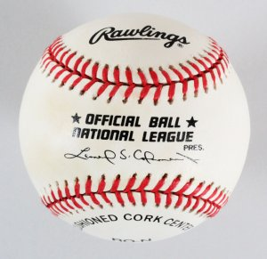 Willie Mays Signed Card & MLB Signed Baseball Lot  - COA JSA