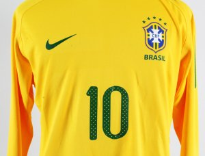 2010 Kaka Game-Worn Jersey Brazil National Team