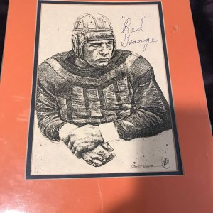 "Red Grange (1903-1991) Signed Autographed 8"" x 11"" Print PSA/DNA"