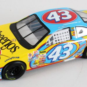 Richard Petty Signed Die-Cast Car NASCAR - COA JSA