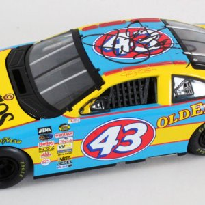 Richard Petty Signed Die-Cast Car w/Jeff Green - COA JSA