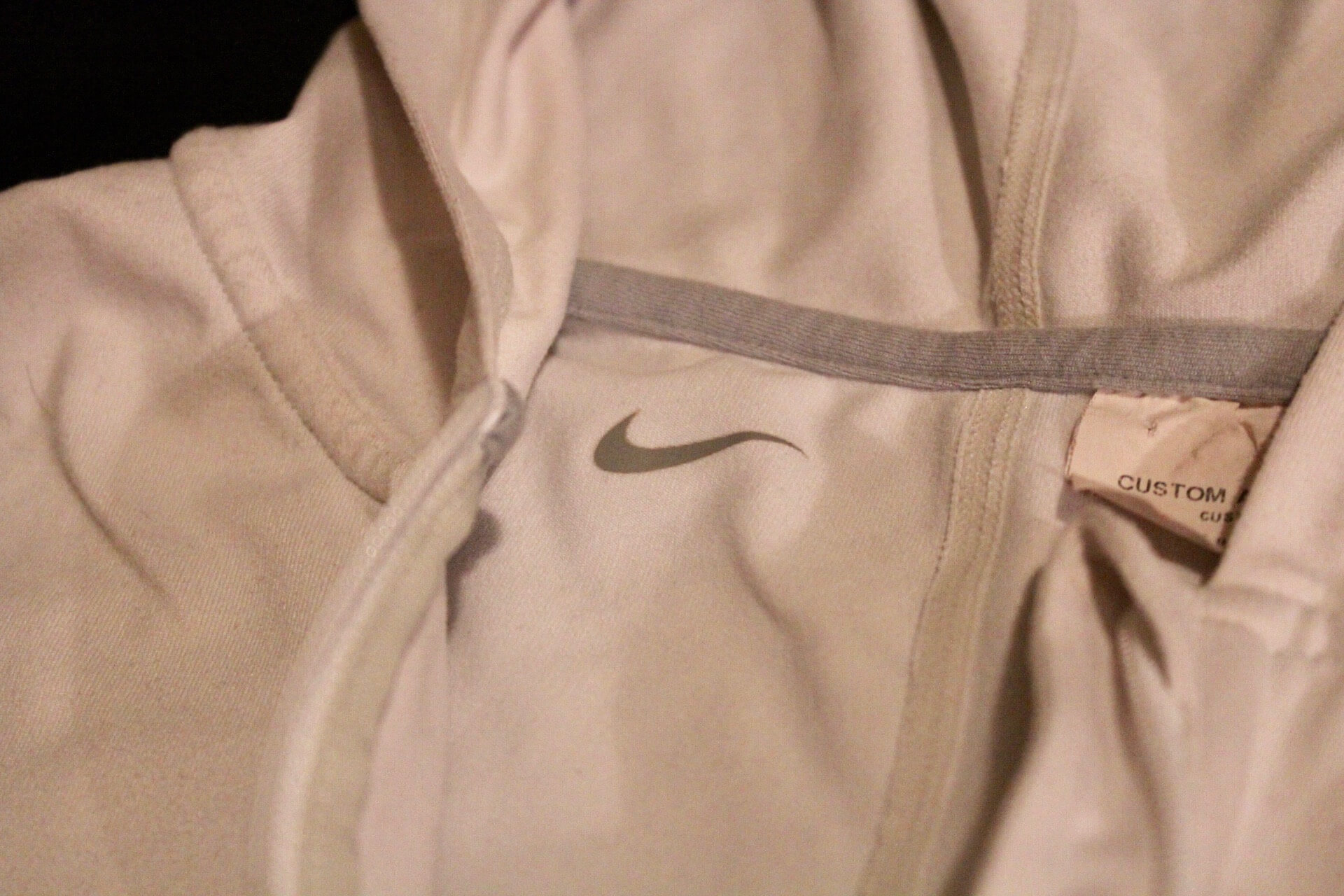 A Serena Williams Game Used Nike Tennis Hooded Training Warm Up Top. Circa 2013. | Memorabilia Expert