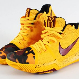 2017 Kyrie Irving Game-Worn Shoes Cavaliers COA 100% Authentic Team Grade 19/20