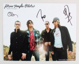 Stone Temple Pilots Signed Photo w/ Chester Bennington - COA JSA