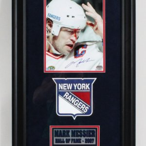 Mark Messier Signed Photo Display Rangers - COA Mounted Memories