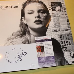 Taylor Swift - Reputation [New Vinyl LP] Picture Disc and  hand signed cut signature Taylor Swift jsa certified