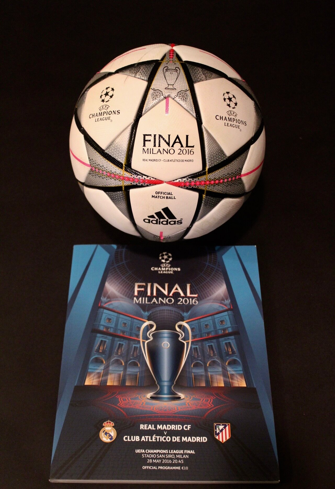 2016 UEFA Champions League Final Game Used Ball & Programme. Real Madrid v Atletico Madrid