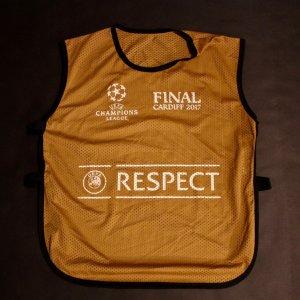 Keylor Navas (GK Real Madrid) Game-Used Training Bib 2017 UEFA Champions League Final.
