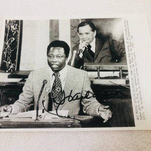 Hank Aaron Atlanta Braves Signed Original Wire 8X10 Photo JSA