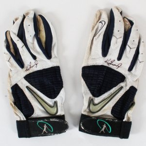 Ken Griffey Jr. Game-Used Batting Gloves Signed Mariners - COA JSA & 100% Authentic Team