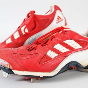 Juan Gonzalez Game-Worn Cleats Signed Rangers - COA JSA & 100% Authentic Team