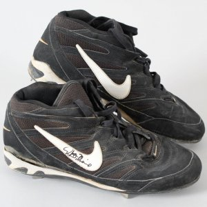 Rafael Palmeiro Game-Worn Cleats Rangers - COA JSA & 100% Authentic Team