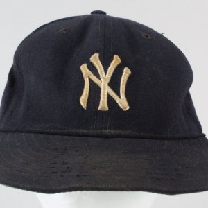 Sparky Lyle Game-Used Baseball Hat -Yankees- COA 100% Authentic Team