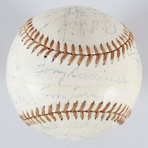 1943 Chicago White Sox Team Signed OAL Baseball-Appling