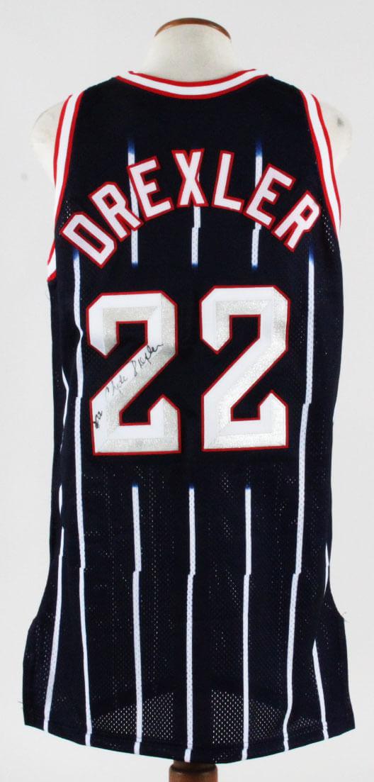 95069a61d38 Clyde Drexler Signed Jersey Houston Rockets – COA JSA | Memorabilia ...