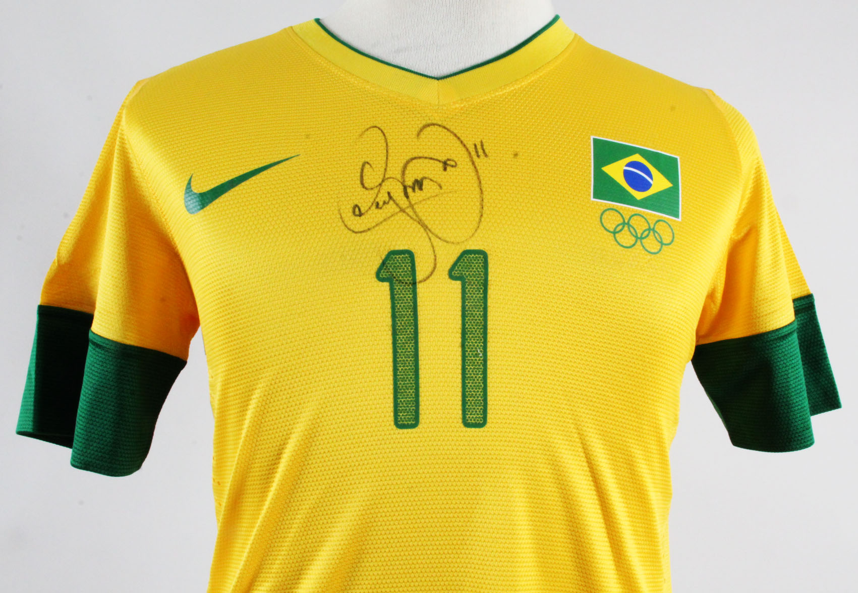 cfc8d781b Neymar Game-Issued Brazil Jersey Signed 2012 Olympics – COA JSA