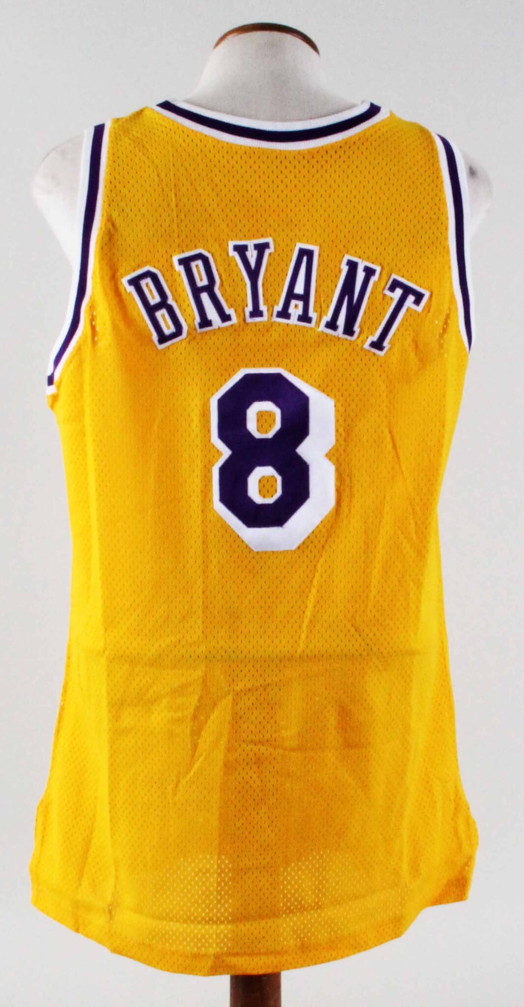 7777e74da 1996-97 Kobe Bryant Game-Worn Jersey Lakers Grade  11 20 COA 100% Authentic  Team