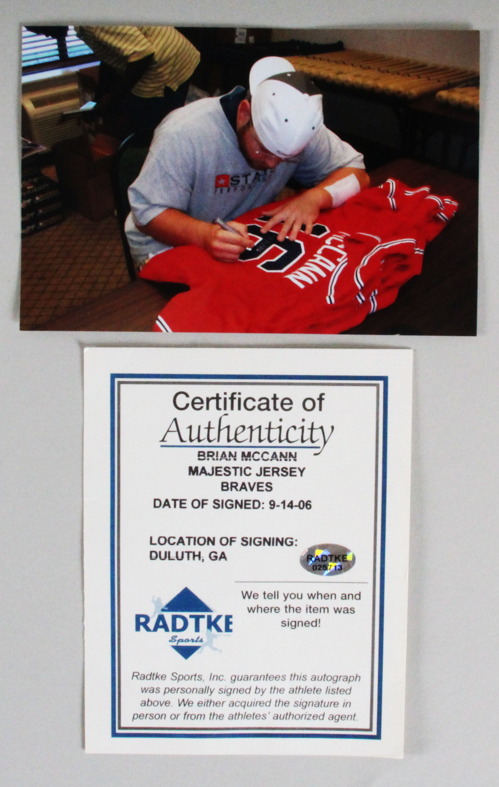 24e1acb85 Bobby McCann Signed Jersey Braves Authentic Majestic – COA ...