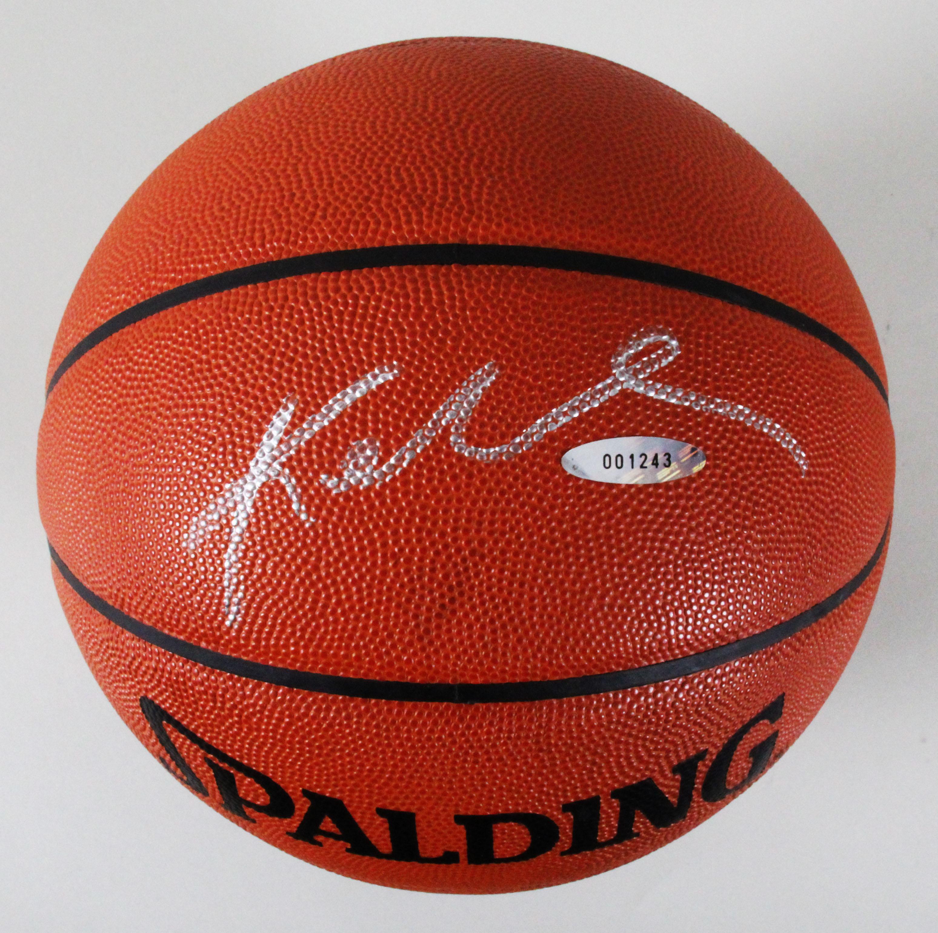 2e102a9f2ad0 Kobe Bryant Signed Basketball Lakers – COA PSA DNA