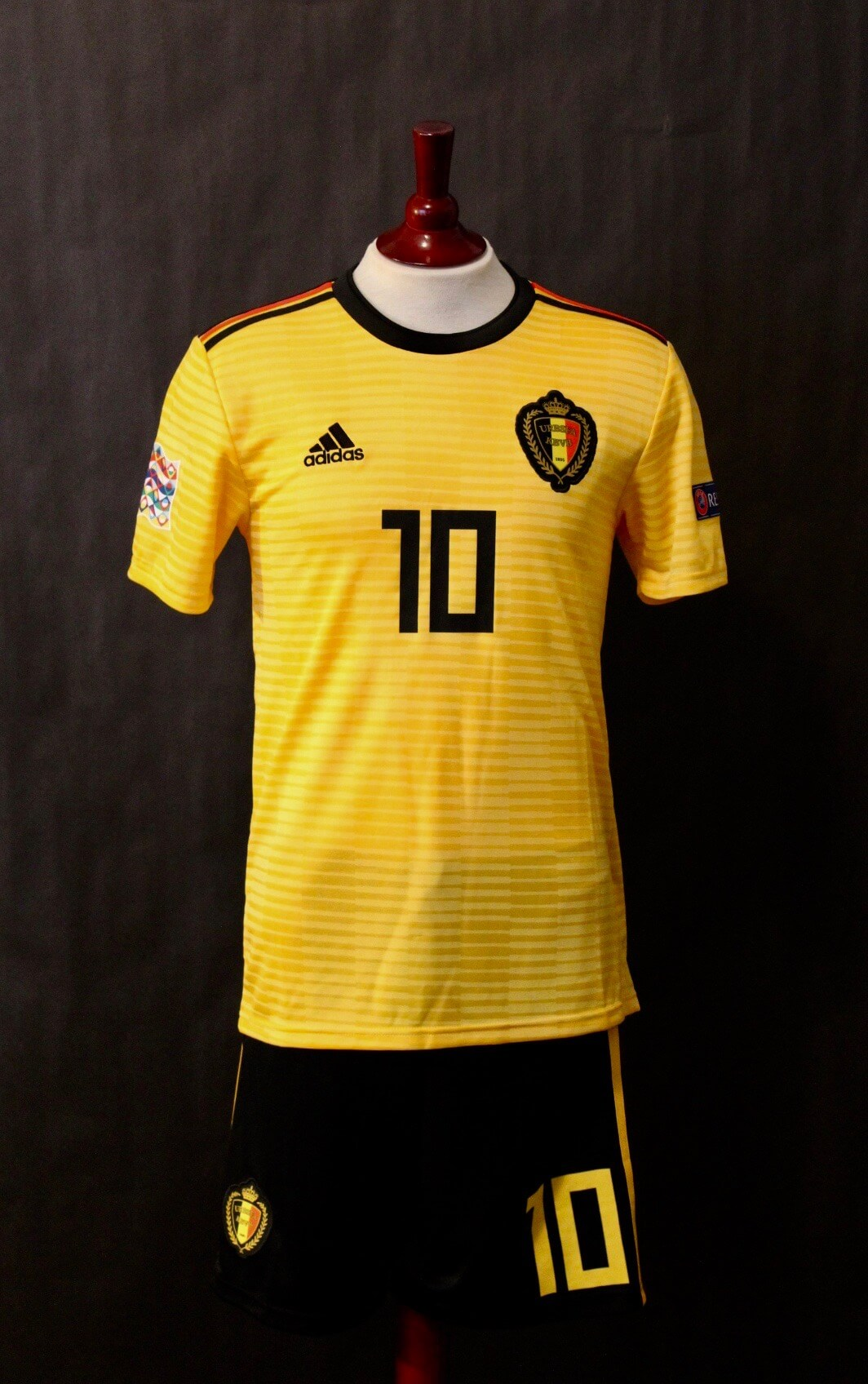 innovative design 5d866 db763 Eden Hazard Game-Worn #10 Belgium National Team Away Shirt & Shorts. 2018  UEFA Nations League.