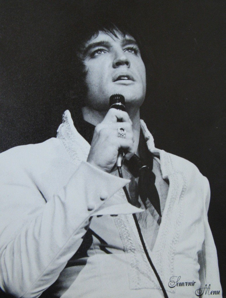 elvis-mic-1971-International-Menu-776x1024