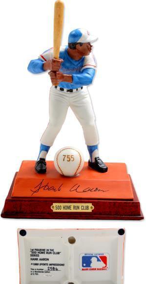 Hank Aaron S/I Statue