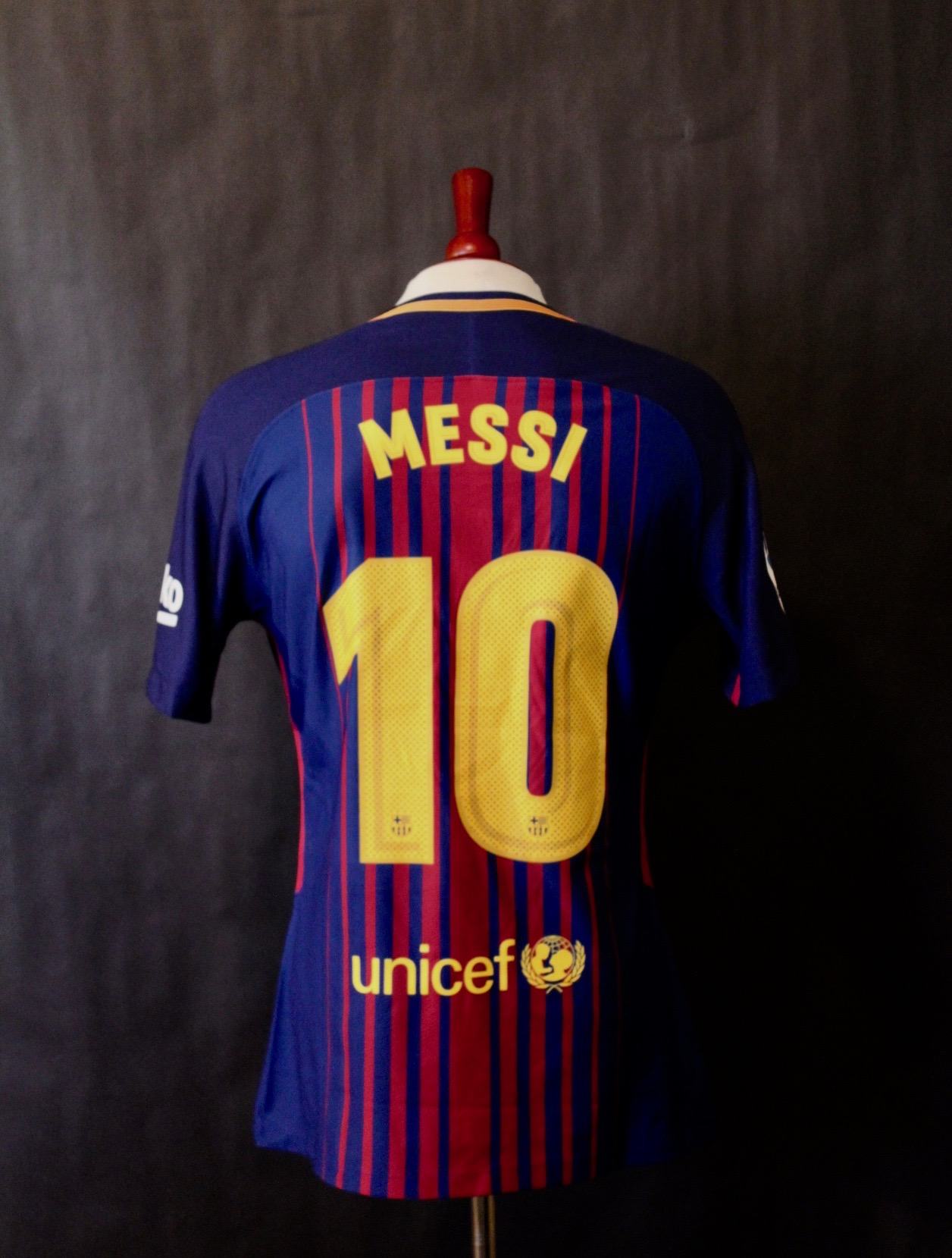 2910bf63d19 Lionel Messi Game-Used #10 FC Barcelona Home Shirt. 2017/18 La Liga. |  Memorabilia Expert