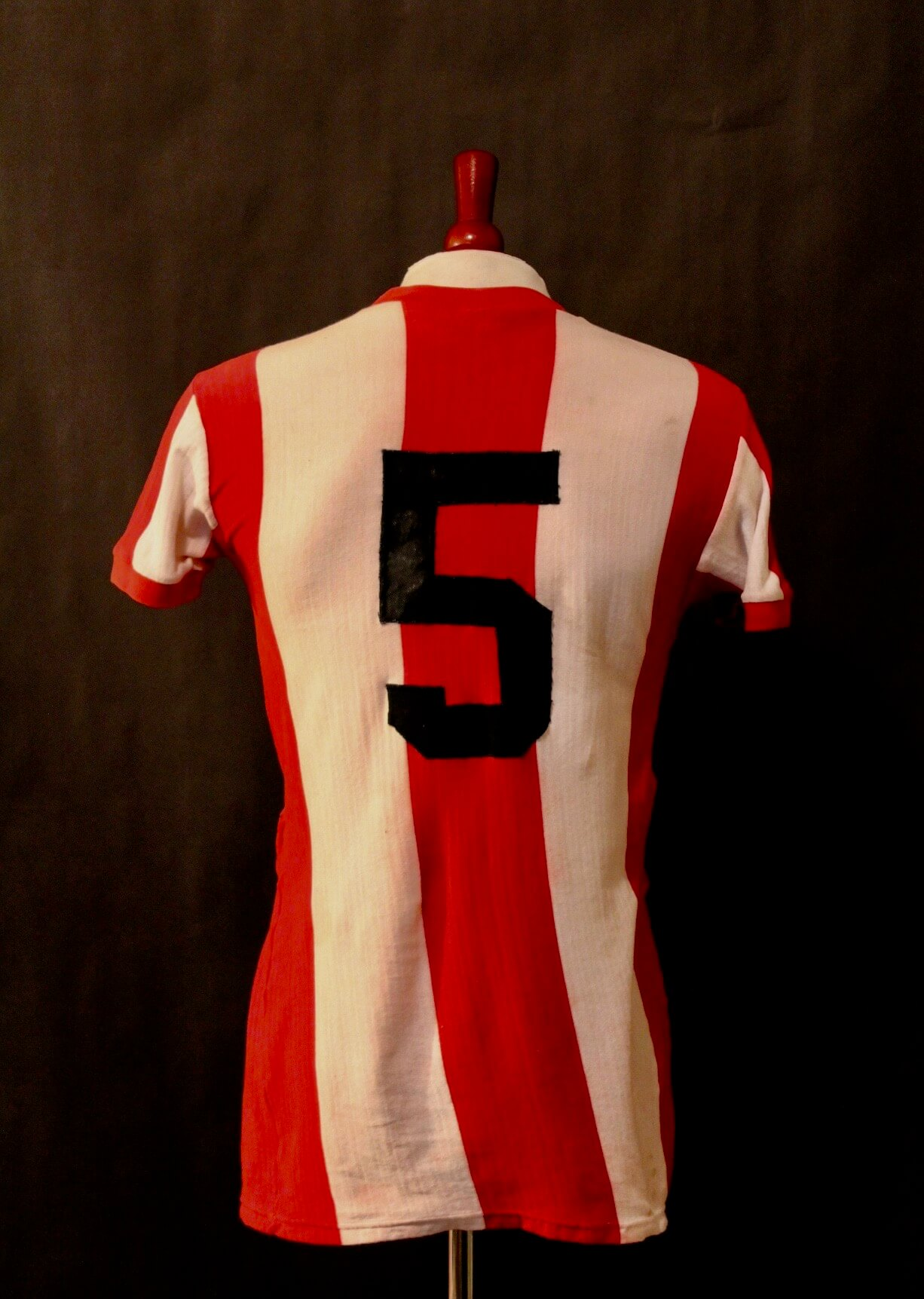 low priced 82f5f 82724 Franz Beckenbauer Game-Used #5 FC Bayern Munich Shirt & Original  Olympiastadion Seat. Circa 1968-1972.
