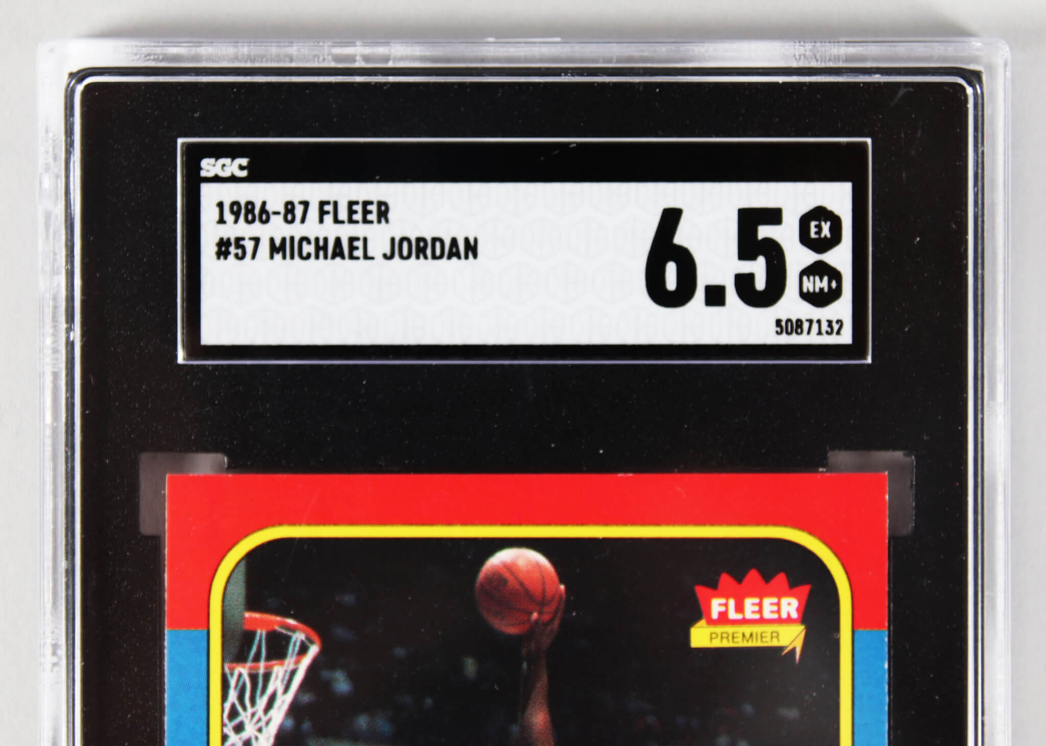 Category Basketball Memorabilia Expert