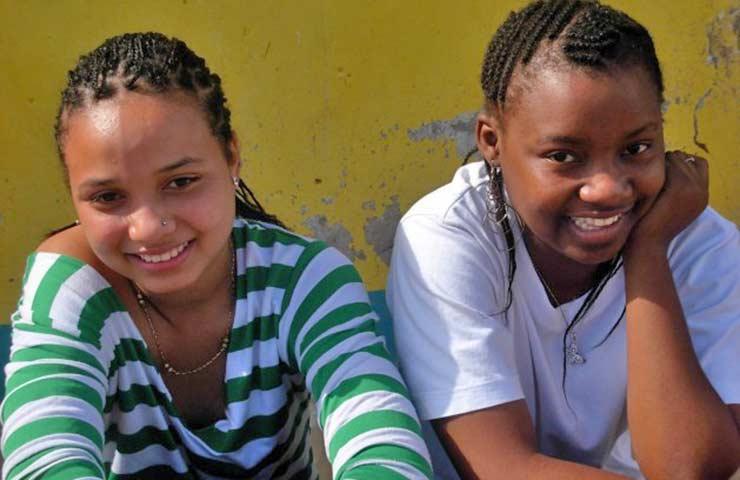 África: el sida se roba a los adolescentes