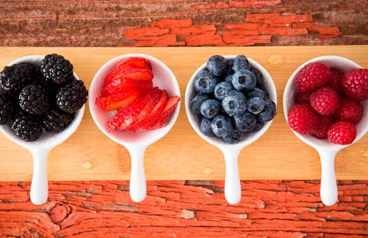 5 alimentos que te ayudarán a mantener joven tu cerebro
