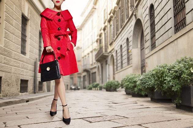 Formas de combinar un abrigo rojo