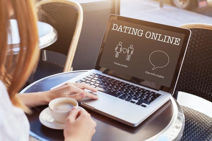 Los riesgos de enamorarse por Internet