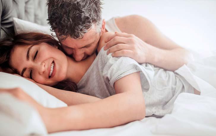 ¿Por qué las relaciones sexuales te hacen rendir mejor en el trabajo?