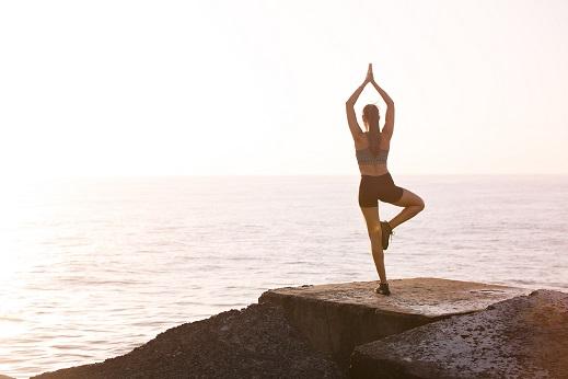 Apps que guiarán tu rutina en yoga