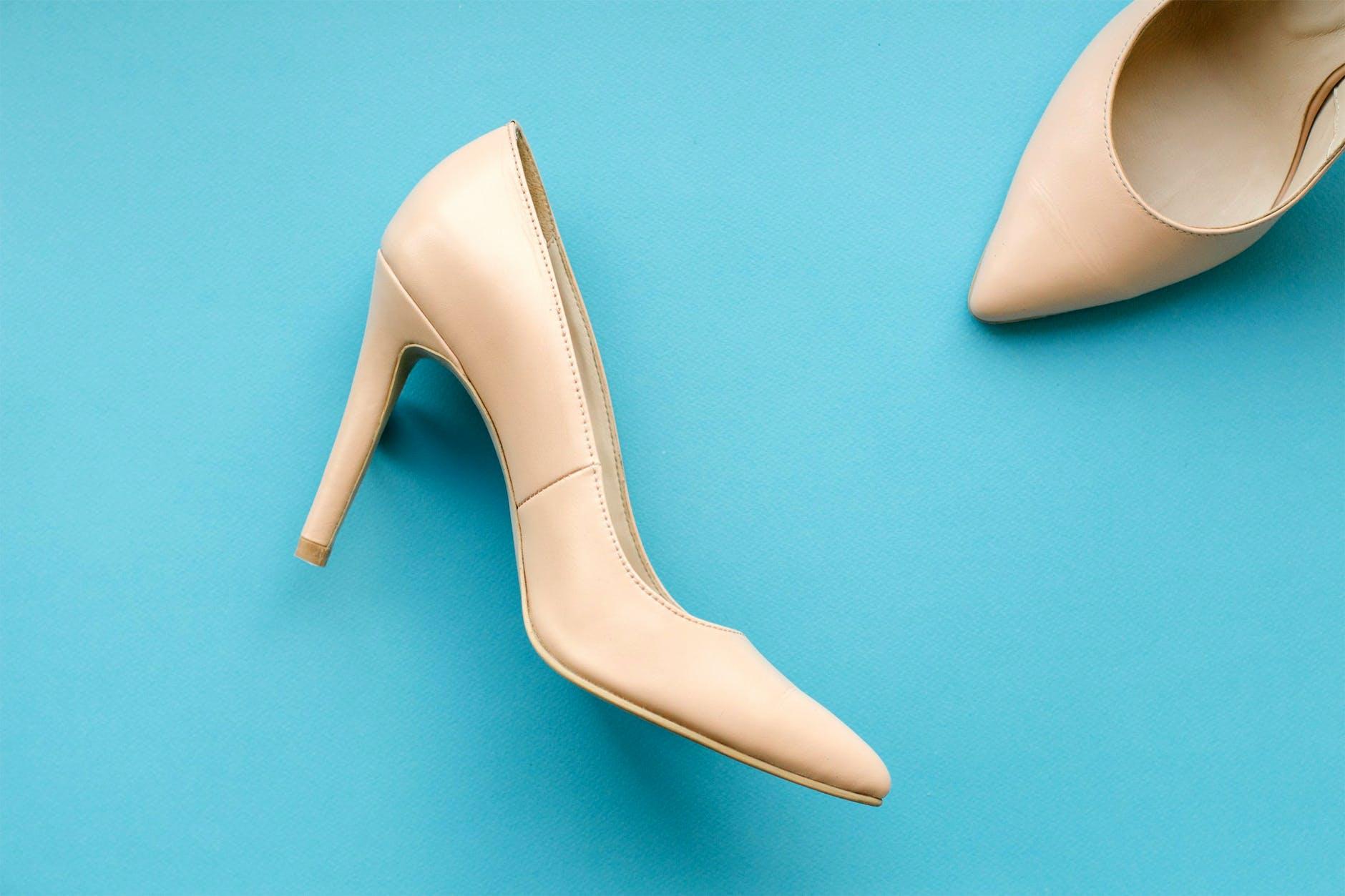 Trucos increíbles para que tus zapatos incómodos no te causen más problemas