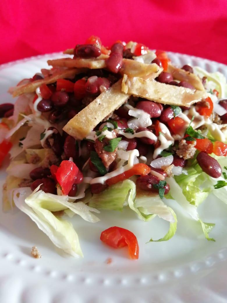 Aprende a preparar una ensalada lambada