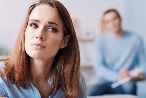 Síndrome Rebeca: ¿Celos por las ex de tu pareja?