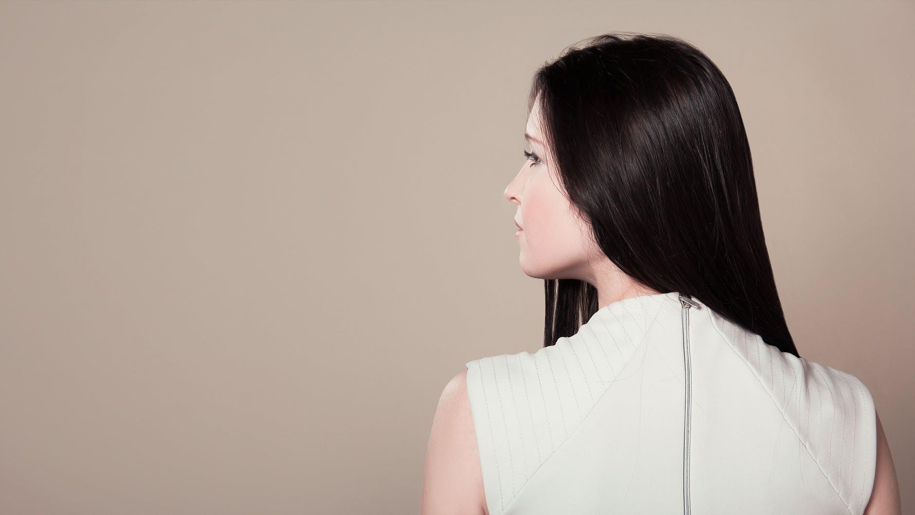 Cortes de cabello que rejuvenecen el rostro