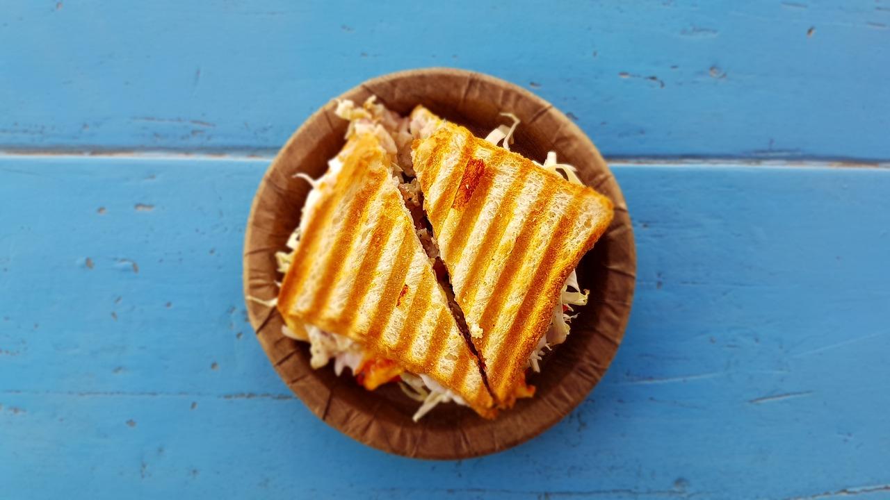 Receta de sándwich de aguacate y atún