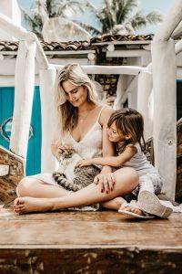 Cinco beneficios de tener un gato para la salud