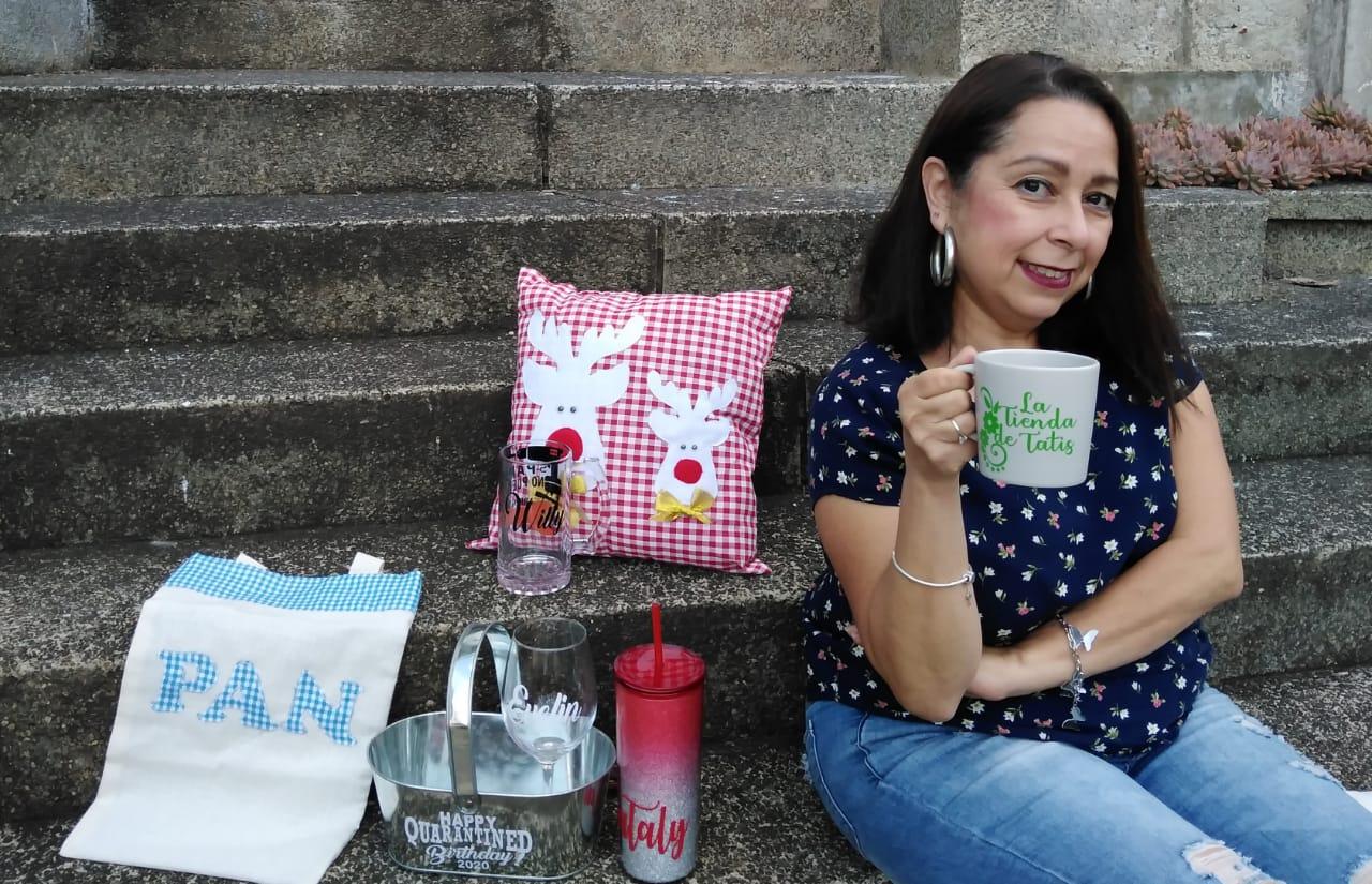 Astrid Escobar, creadora de la Tienda de Tatis crea arte en cada producto