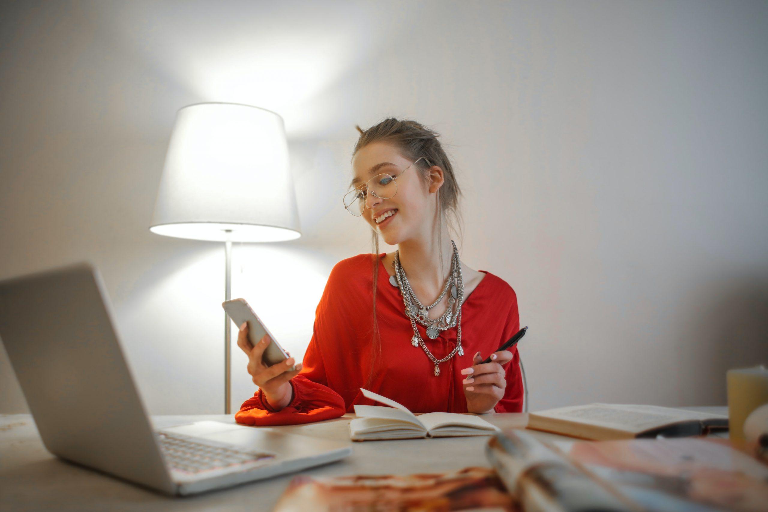 Cuatro formas de mejorar tu concentración y hacer un home office efectivo