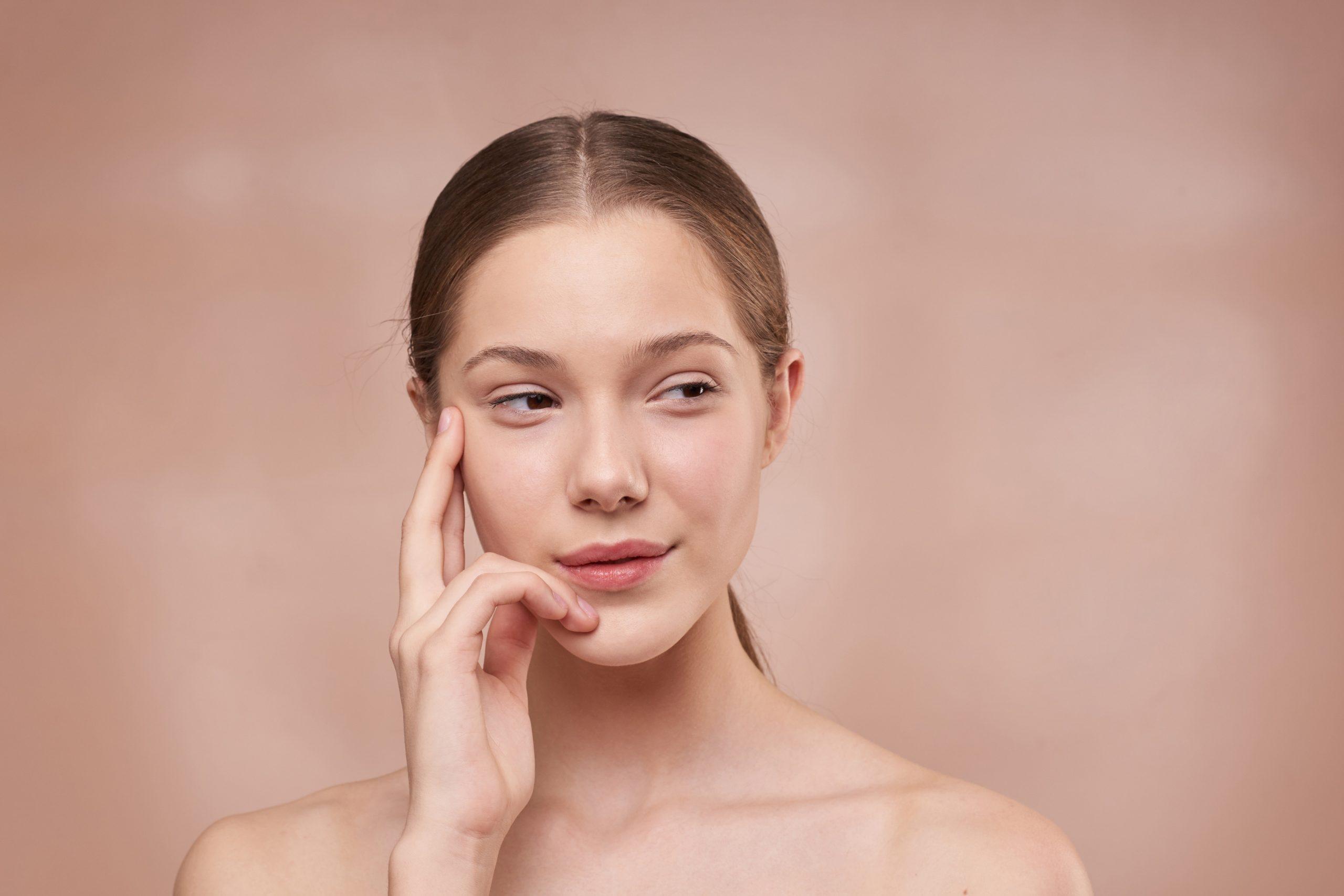¿Por qué fumar causa serios daños a la piel?