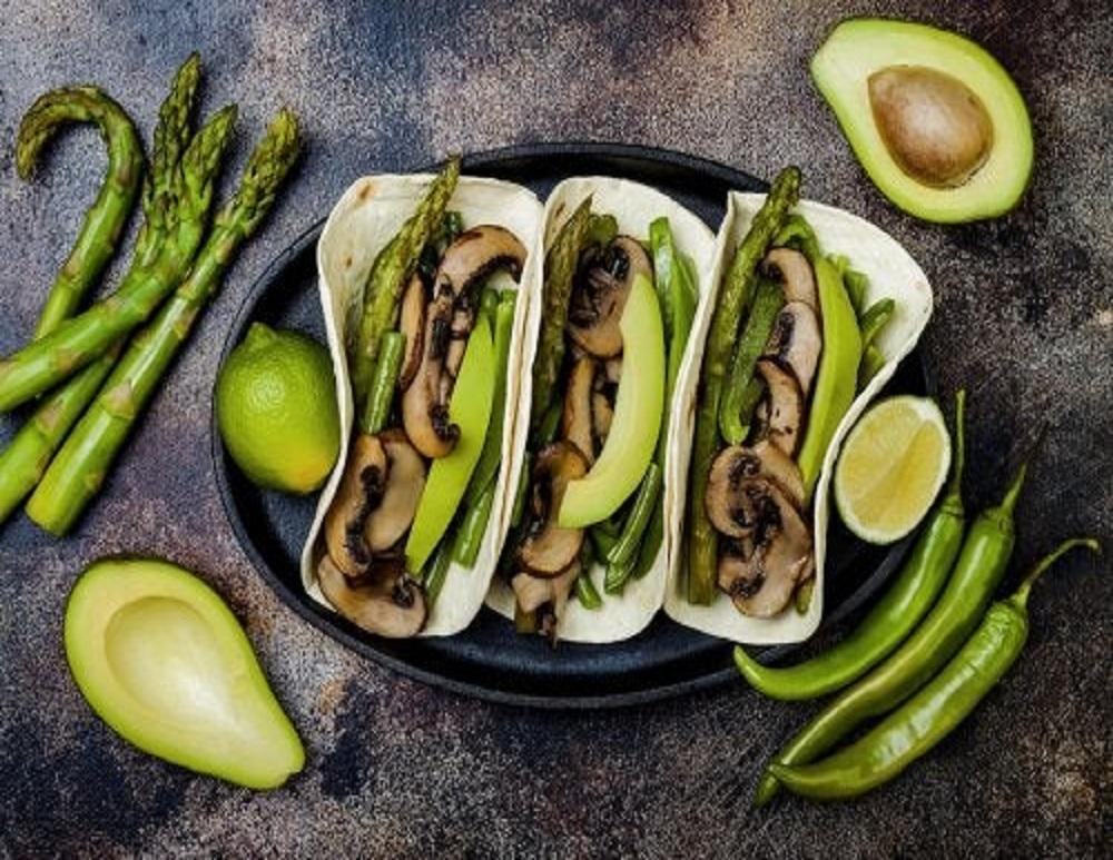 Prepara unos deliciosos tacos veganos con champiñones