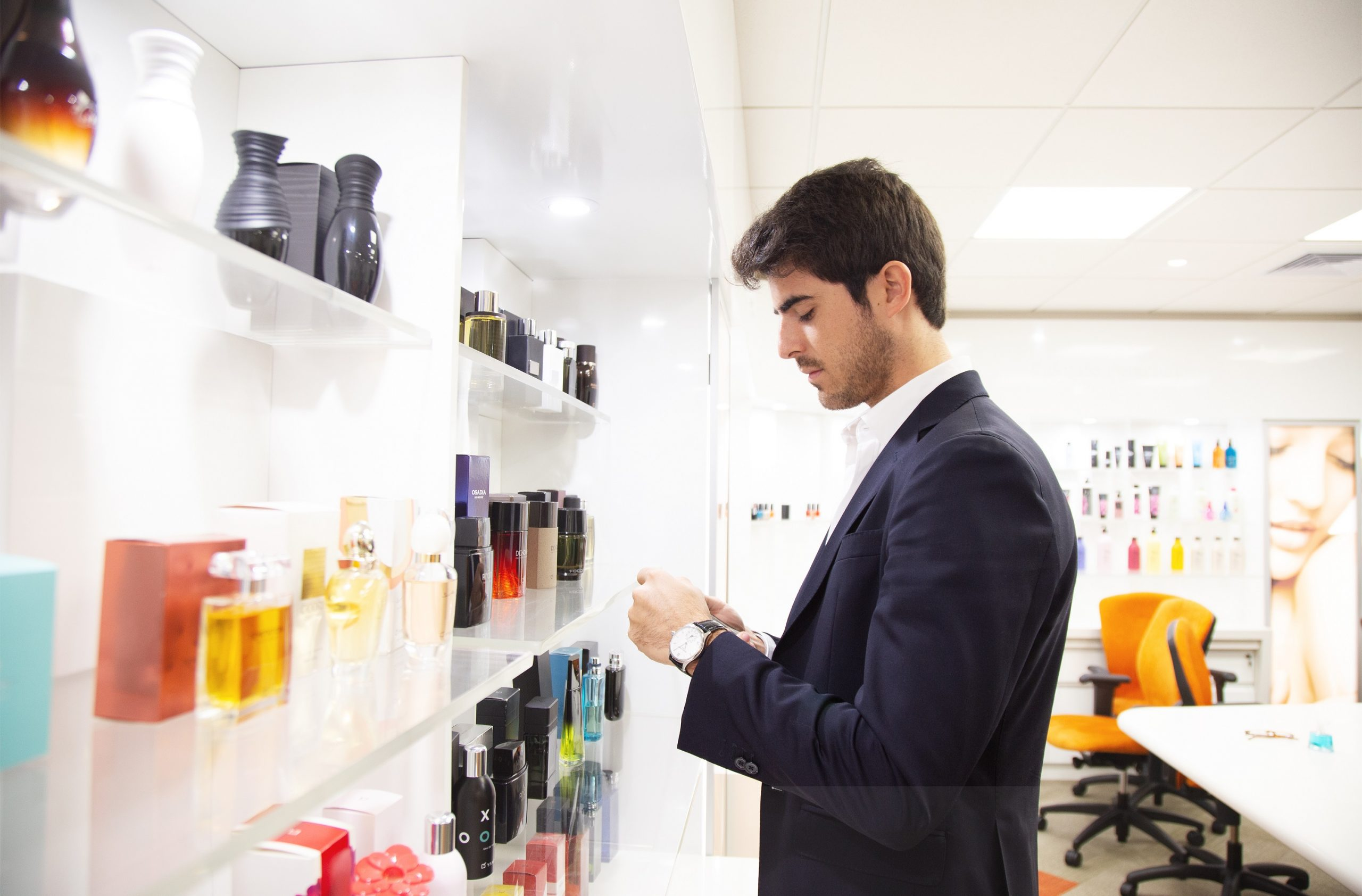 El secreto del perfumista para conseguir que el olor de la fragancia dure más tiempo
