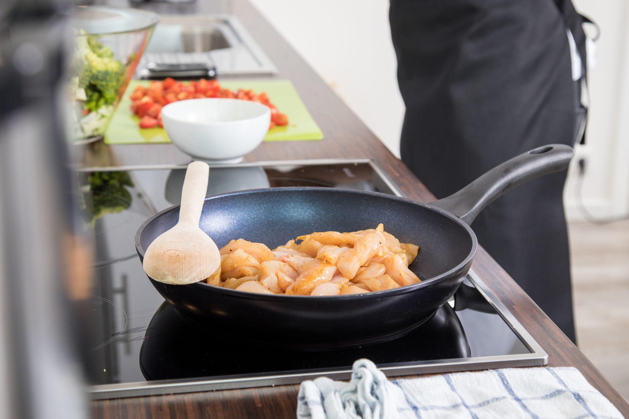 Las salmonelas, las bacterias peligrosas que se esconden en la comida