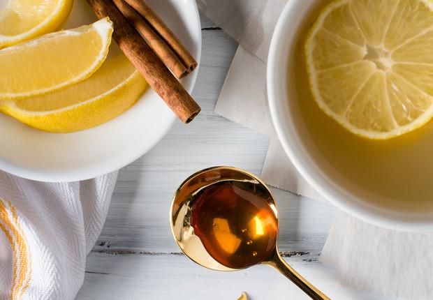 Jugo de limón y té de canela para quemar grasa