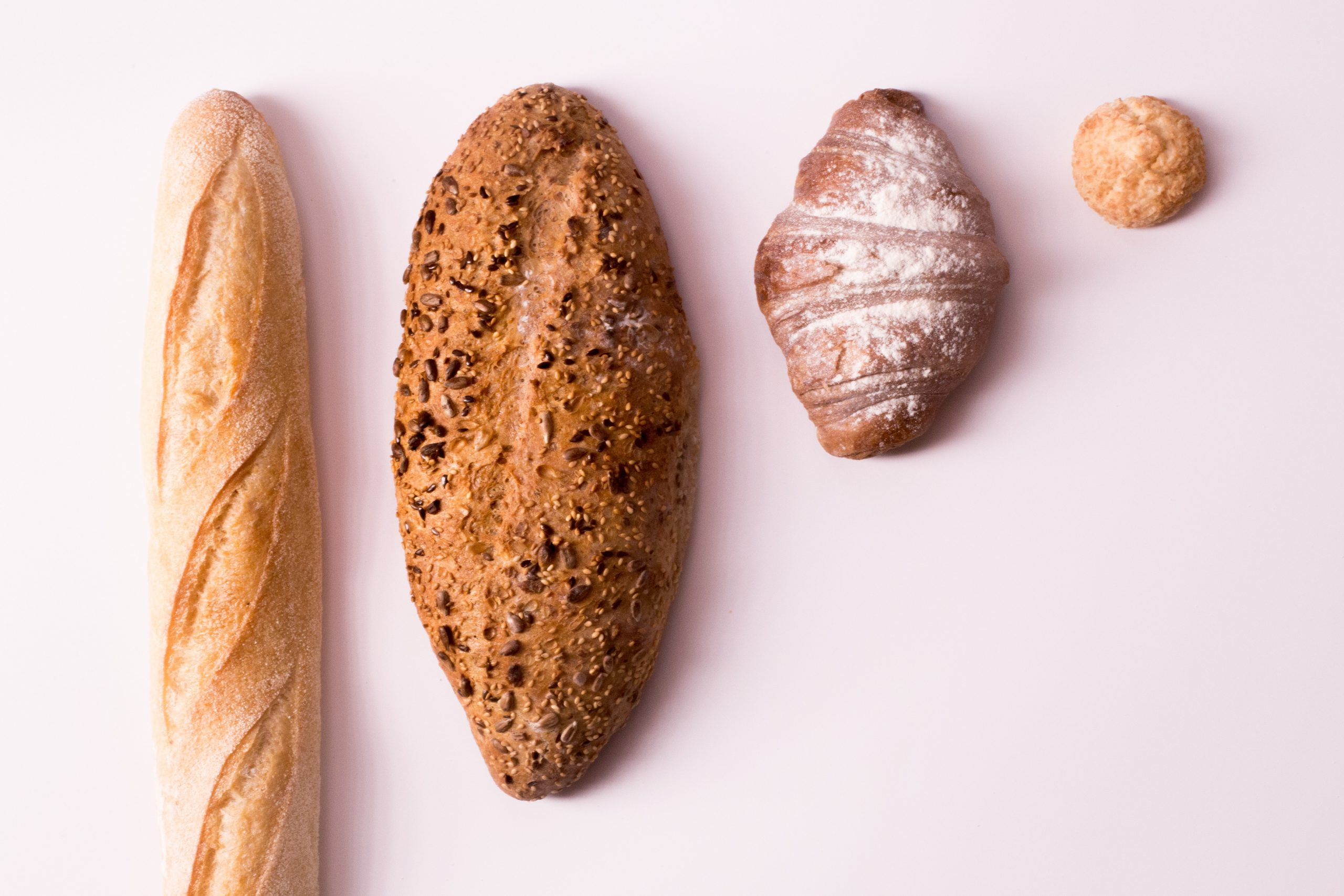 Estos son los alimentos que no debes cenar para despertar con la piel bonita