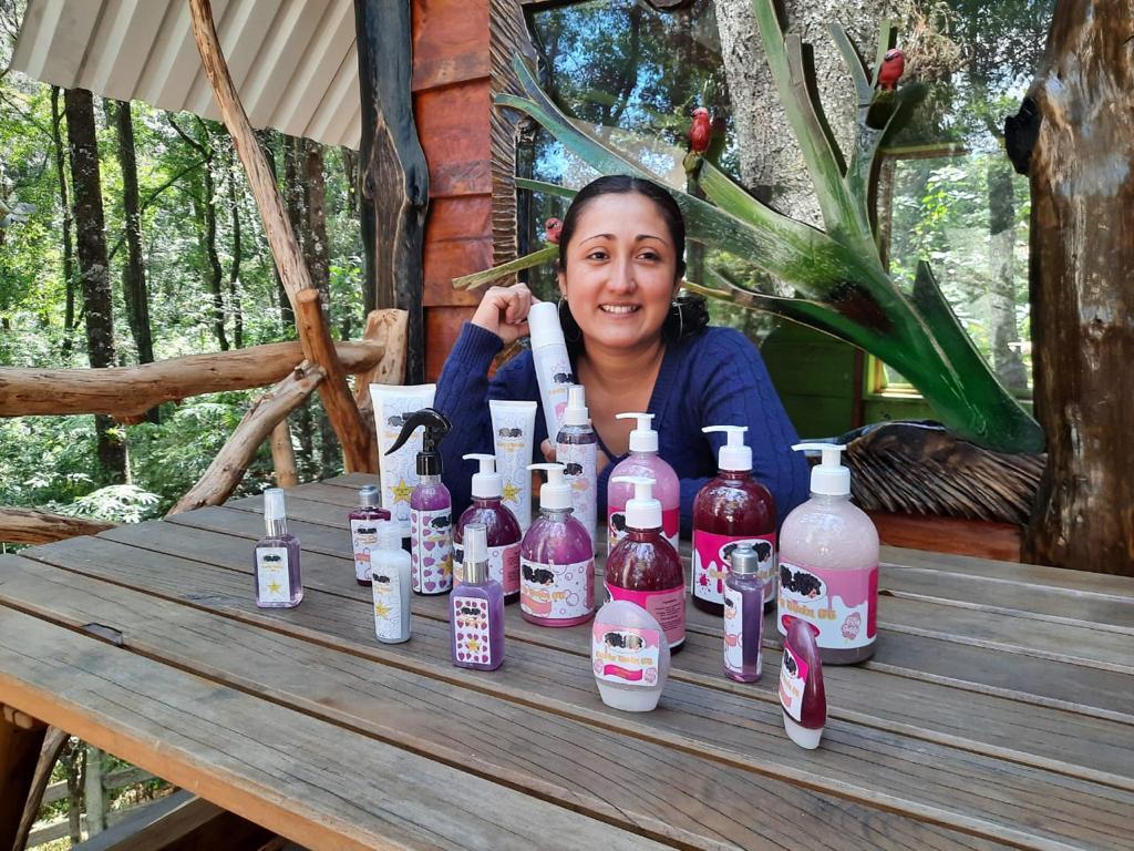 Conoce la historia de Julissa Ordoñez y su emprendimiento Curly Twin GT